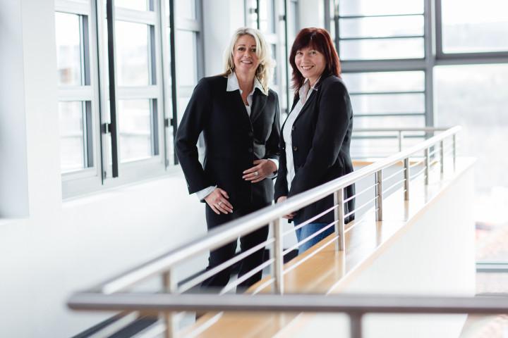 Drei Geschäftsführer dreier Unternehmen gleichzeitig für Businessfotos bei uns abgelichtet